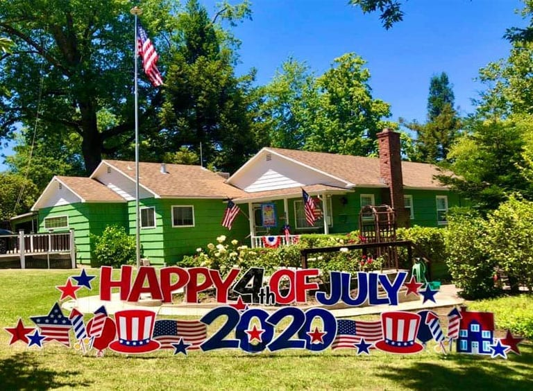 HAPPY-4th-OF-JULY-2020-FLAGS-STARS-TOP-HATS-FIREWORKS-1.jpg